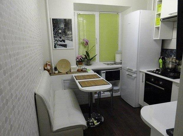Идеи для маленькой кухни 5 кв.м с холодильником фото