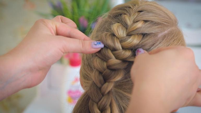 Пошаговые инструкцию по созданию разнообразных причёсок
