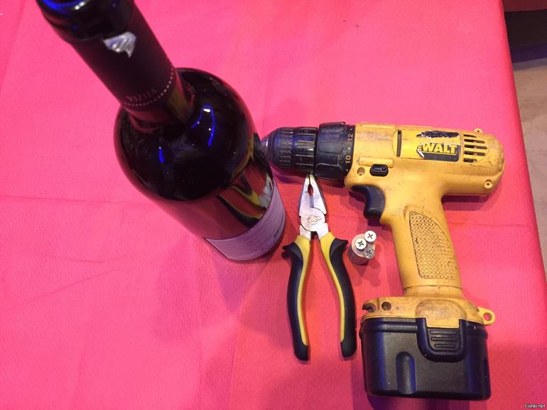 Как открыть вино без штопора: 4 простых способа