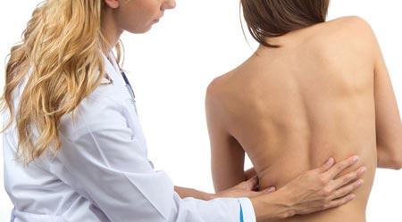 Сколиоз позвоночника у взрослых симптомы и лечение